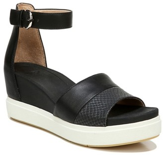 Dr. Scholl's Show Off Wedge Sandal