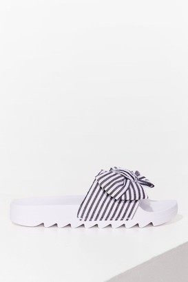 Nasty Gal Womens Bow Away Cleated Striped Sliders - Black - 3