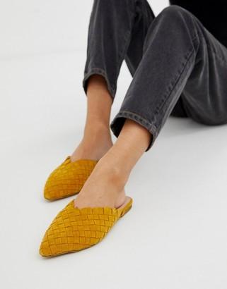 Aldo Eliliwia suede woven mules in mustard-Yellow