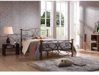 Hodedah Queen Size Metal Bed
