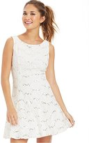 Bee Darlin Juniors Sleeveless Boatneck V-Back Dress