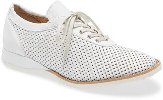 Amalfi by Rangoni Ethan Perforated Sneaker