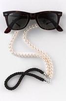 Corinne McCormack Women's 'Pearls' Eyewear Chain - Pearl/ Black