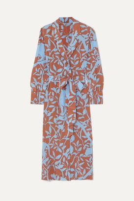 Johanna Ortiz Turn On Your Mind Printed Silk Crepe De Chine Robe - Blue