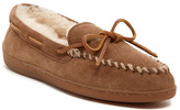 Minnetonka Genuine Sheepskin Fur Lined Hardsole Moccasin (Women)