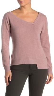 Lynk Knyt & Cashmere V-Neck Asymmetrical Hem Sweater