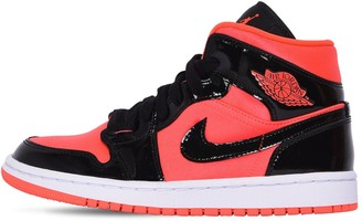 Nike Wmns Air Jordan 1 Mid Sneakers
