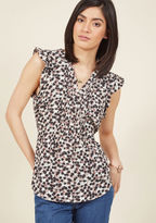 ModCloth Expert in Your Zeal Button-Up Top in Posy in XXS - Short Sleeve Fitted Waist