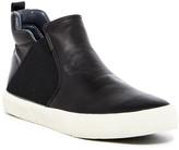 GUESS Maveric Sneaker