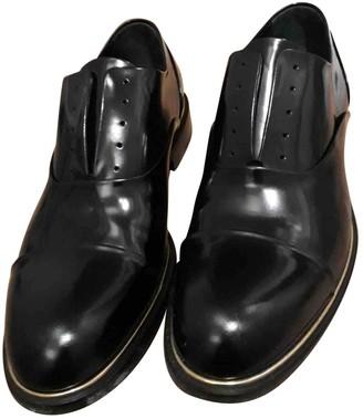 Louis Vuitton Black Patent leather Lace ups
