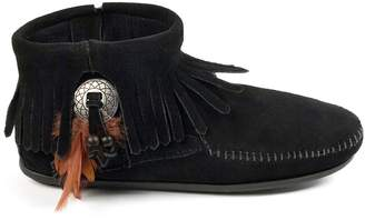 Minnetonka Concho Feather Ankle Boots