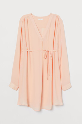 H&M MAMA Tie-belted tunic