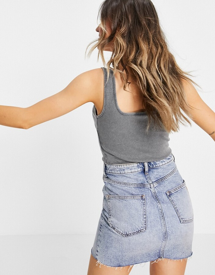 Thumbnail for your product : New Look square neck crop vest in grey acid wash