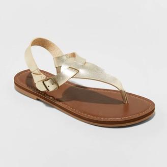 Universal Thread Women's Lady T Strap Thong Sandals - Universal ThreadTM