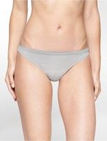 Calvin Klein Womens Seamless Illusions Stripe Print Thong Morning Dove M