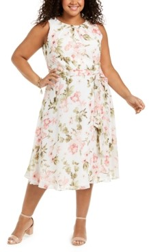 Jessica Howard Plus Size Pleated-Neck Belted Dress