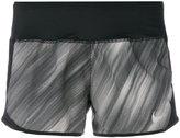 Nike brushstroke mesh runner shorts - women - Polyester - S