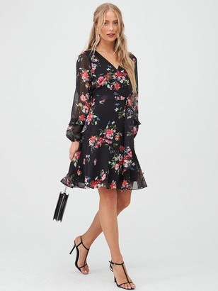 Wallis Floral Ruffle Sleeve Fit & Flare Dress - Black