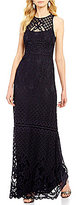 Vera Wang Round Neck Sleeveless Solid Lace Gown