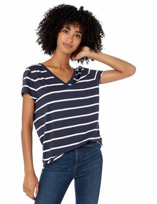 Goodthreads Amazon Brand Women's Washed Jersey Cotton Pocket V-Neck T-Shirt