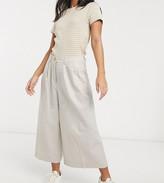 Asos DESIGN Petite clean linen culottes
