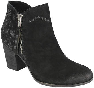Naughty Monkey Women's Casual boots BLACK - Black Stitch-Accent Lupina Suede Ankle Boot - Women
