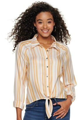 Love, Fire Juniors' Long Sleeve Knotted Front Button Down Shirt