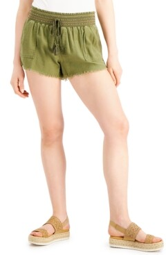 Rewash Juniors' Smocked-Waist Frayed-Hem Shorts