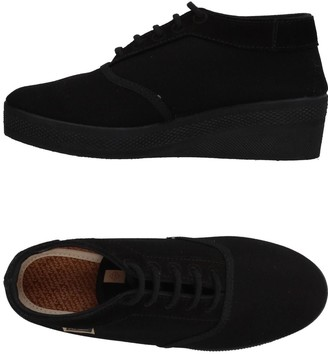 MAIANS Low-tops & sneakers