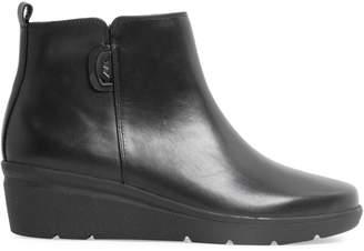 Anne Klein Isabella Leather Booties