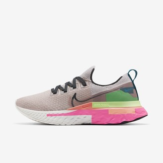 Nike Women's Running Shoe React Infinity Run Flyknit