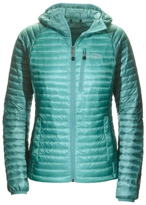 L.L. Bean Womenas Ultralight 850 Down Sweater Hooded Jacket, Colorblock