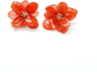 I'mmany London Real Flower Mariesii Layered Hydrangea Stud Earrings