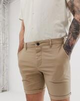 Asos Design DESIGN skinny chino shorts in stone