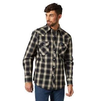 Wrangler Men's Western Premium Performance Advanced Comfort Workshirt