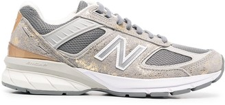 New Balance 990 V5 Low-Top Sneakers