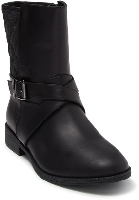 Vionic Thea Leather Quilted Ankle Boot