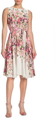 Gabby Skye Sleeveles Floral Dress