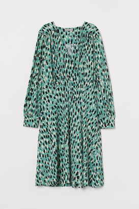 H&M Creped Jersey Dress - Green