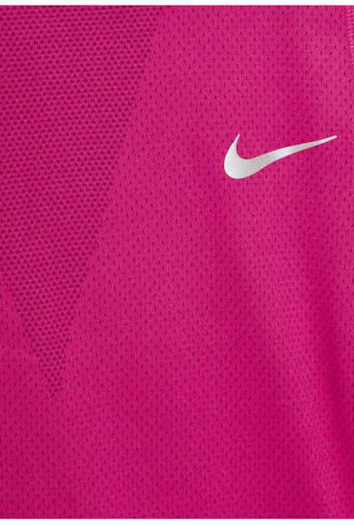 Nike Zonal Cooling Relay Dri-fit Stretch-mesh Top - Plum