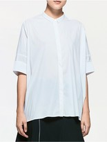 Calvin Klein Platinum Stretch Cropped Short Sleeve Shirt