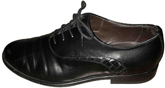 Bottega Veneta Black Leather Lace ups