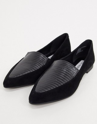 Steve Madden Classical pointed flat shoe in black