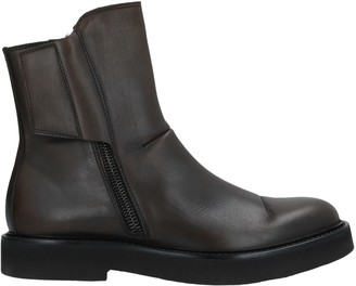 Lab. Pal Zileri Ankle boots