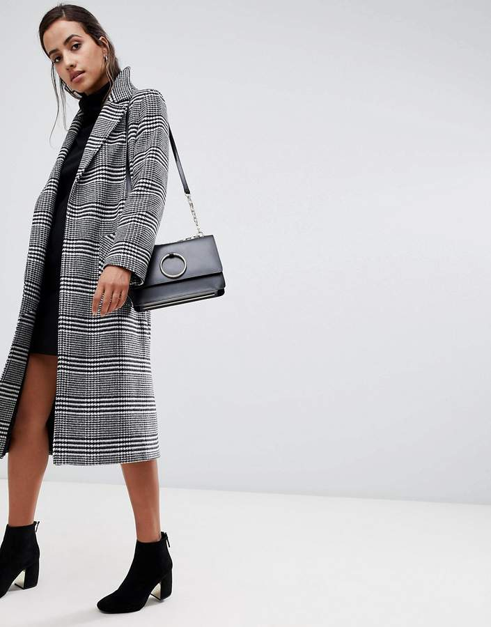Helene Berman Rever Collar Oversized Houndstooth Check Coat in Wool Blend