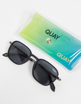 Quay Grounded unisex round sunglasses in black