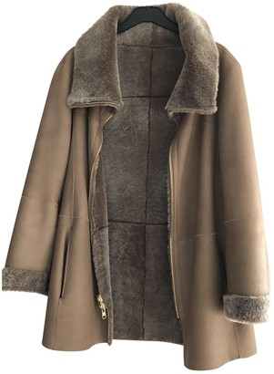 Ventcouvert Beige Shearling Coat for Women