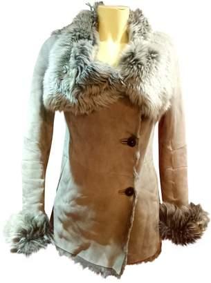Ventcouvert Grey Shearling Coat for Women
