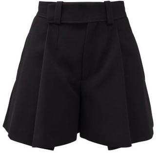 Chloé Pleated Crepe Shorts - Black