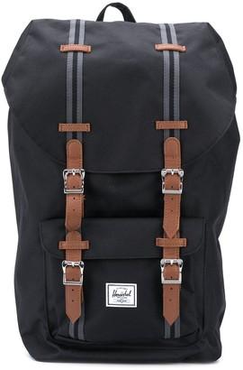 Herschel Retreat buckled backpack